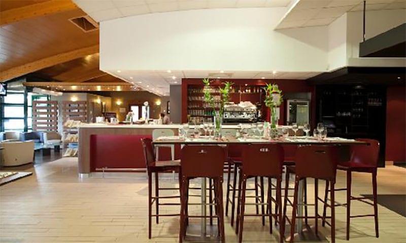 restaurant hotel campanile